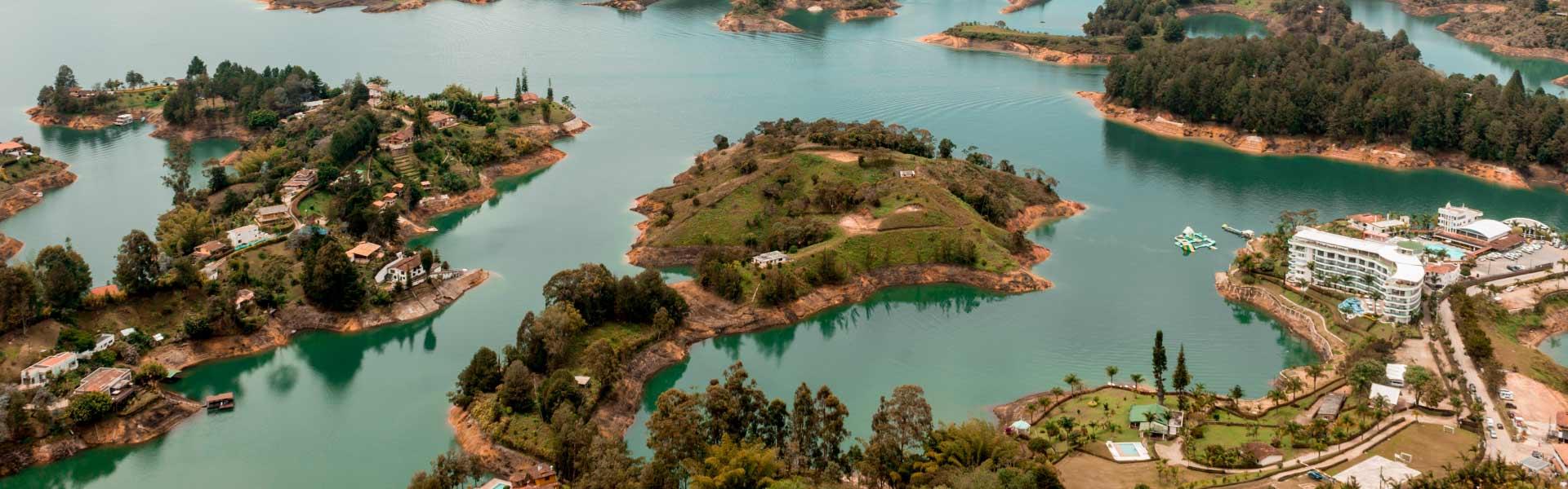 encuentra los mejores tours a Guatapé y El Peñol