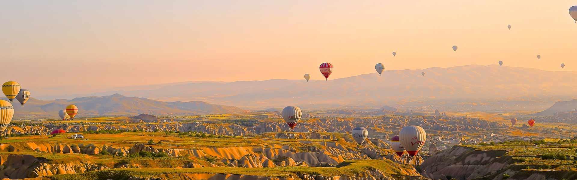 Panorámica de globos en Capadocia