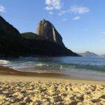 Playas de Brasil y cerro Pan de Azucar
